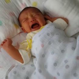 赤ちゃんの顔は泣いたり笑ったり忙しい!