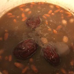 中国人ママさんが飲む「産後の回復スープ」