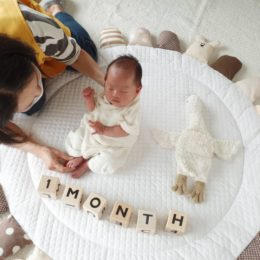生後1か月記念の撮影